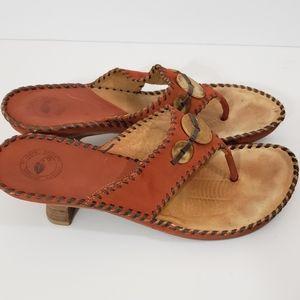Nurture Size 7M Heel Flip Flops Rust Color